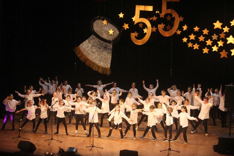 Práve prezeráte fotografiu z galérie: Oslávili sme 55. výročie založenia školy