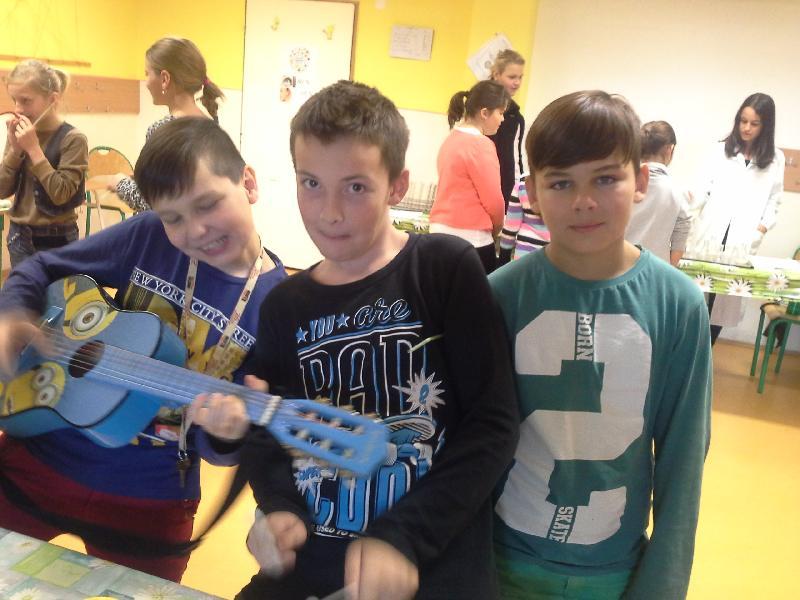 Práve prezeráte fotografiu z galérie: 5. ročník Týždňa vedy a techniky v našej škole