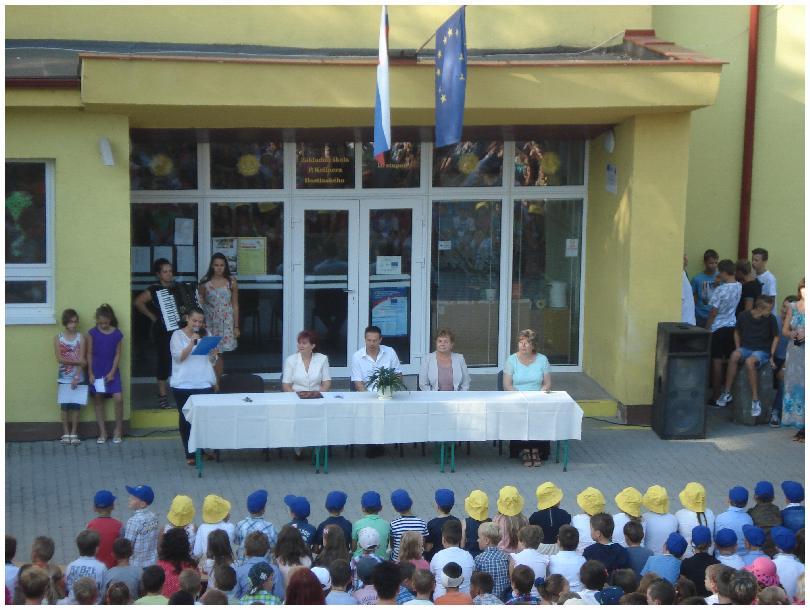 Práve prezeráte fotografiu z galérie: Začiatok školského roka 2015/2016